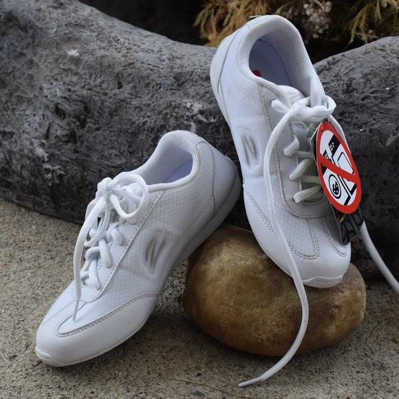 b6d3ab764f43 Zephz Shoes | Girls Lightweight Cheer | Poshmark